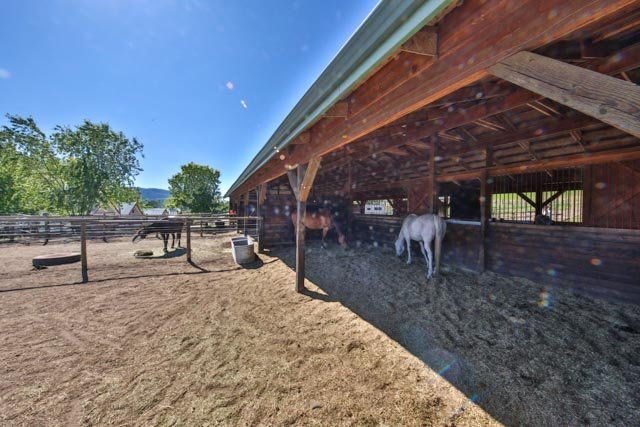 Horse property for sale in bc