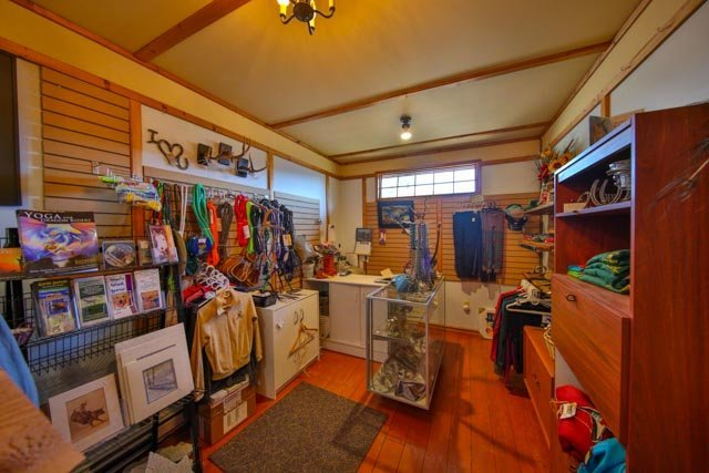 Gift shop at Jandana Ranch